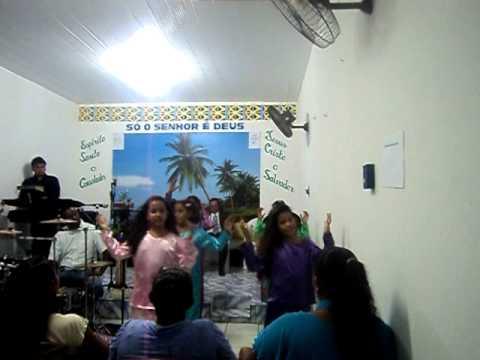 final de ano na igreja lar em ceisto caiçara do norte 013.AVI