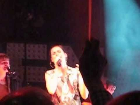 Lena Meyer-Landrut - Baby One More Time @ FZW Dortmund [14.04.2013]