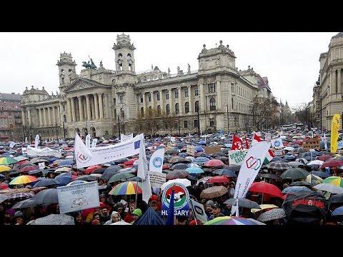 Ουγγαρία: Καθηγητές και μαθητές οργισμένοι με τις εκπαιδευτικές αλλαγές της κυβέρνησης Όρμπαν
