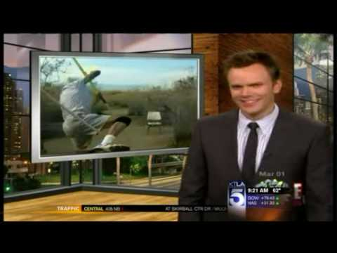 """""""The Soup"""" Pokes Fun At KTLA For Airing An Elderly Man's Pole Vault Attempt"""
