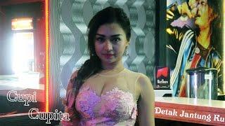 Video Cupi Cupita - Detak Jantung Ku - Goyang Basah MP3, 3GP, MP4, WEBM, AVI, FLV November 2017