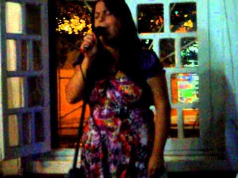 Ester canta nos 15 anos da Jamile em Tupanciretã