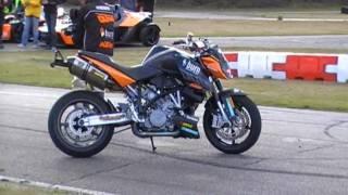 2. KTM X-Bow & KTM Motorcycle Stuntshow @ KTM Dag 2009 Part 3