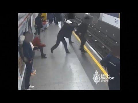 Prozess in London: Lebenslang für U-Bahn-Schubser