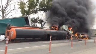 Подборка аварий грузовиков, фур Август 2015