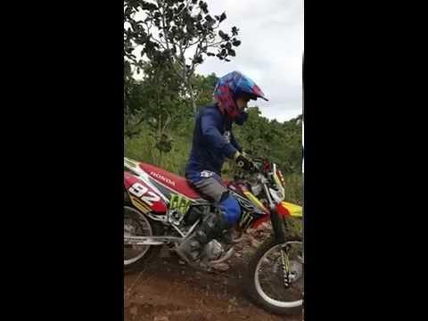 Moto CRF 230 cc Trilha em uruana Goiás enduro rally