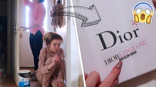 Video DIOR SENT ME WHAT?! 😱 DECORATING THE LIVING ROOM AND INSANE PARCEL FROM DIOR! MP3, 3GP, MP4, WEBM, AVI, FLV Januari 2018