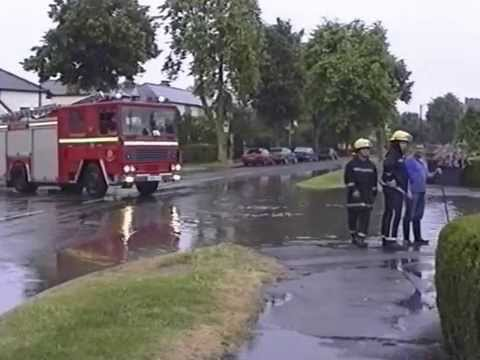 VIDEO: Ouse Dyke flooded areas of Carlton and Gedling back in summer of '94