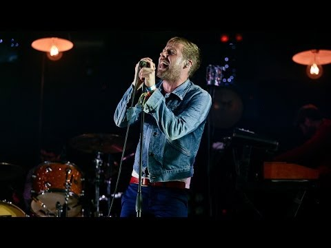 chiefs - Kaiser Chiefs perform I Predict A Riot at Glastonbury 2014. For more exclusive videos and photos from across Glastonbury 2014, go to the BBC Glastonbury webs...