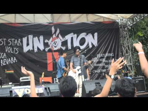 Teenage dream cover - Revara live at Unotion IV