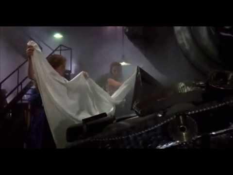 Horrible Horror #25 - The Mangler 1995) (Part 1 / 2)