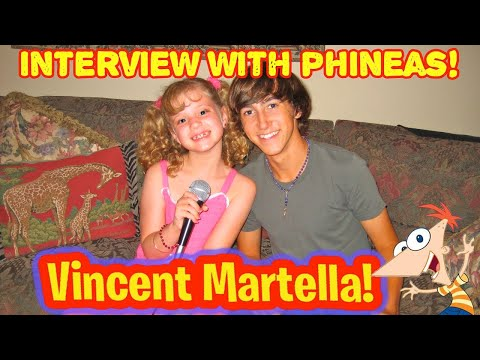 VINCENT MARTELLA Interview Phineas from Phineas and Ferb w PIPER REESE (PipersPicks 038)