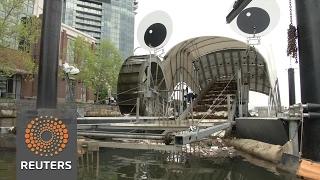 Mr. Trashwheel, Baltimore's garbage gobbler