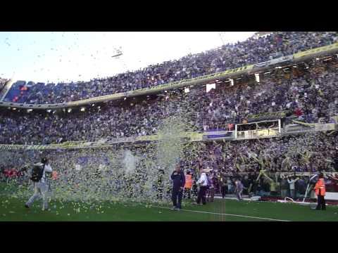 Video - Salen BOCA y el Arbitro y explota la BOMBONERA - La 12 - Boca Juniors - Argentina
