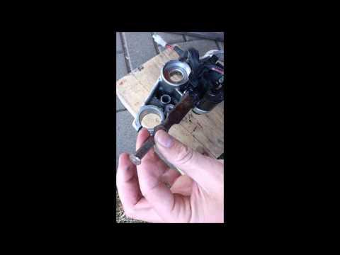 Taking off Honda CBF250/CBX250 ignition switch