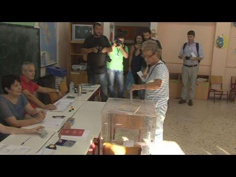Χωρίς προβλήματα εξελίσσεται η εκλογική διαδικασία