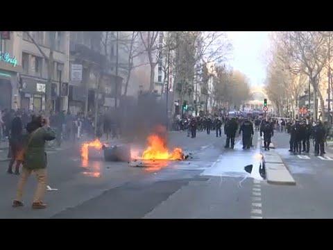 Νέα επεισόδια στην Γαλλία με τα Κίτρινα Γιλέκα