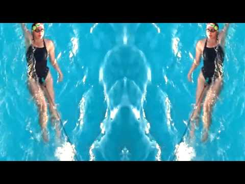 Fun in Acapulco - Resistance Swimming