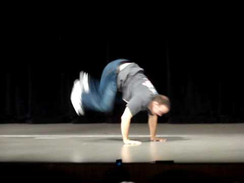 judsonlaipply - Judson Laipply performs his famous Evolution of Dance at Western Michigan University's Miller Auditorium as part of the Fall Welcome freshman activities. Not...