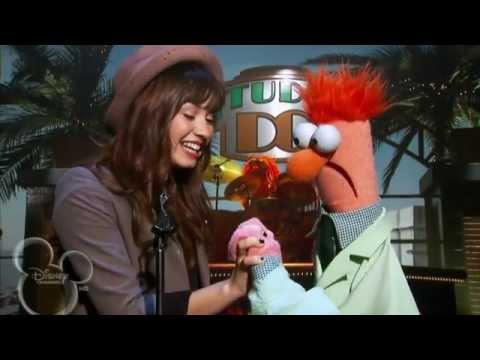 Demi Lovato's Old Vid 2008: Beaker Was 'Meeping' The Song