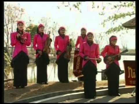 Download Lagu Nida Ria - Nabi Muhammad Teladan Bagi Manusia [Official Music Video] Music Video