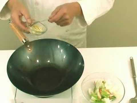 Basic Preparation and Stir-fry Methods for Cooking Chinese F