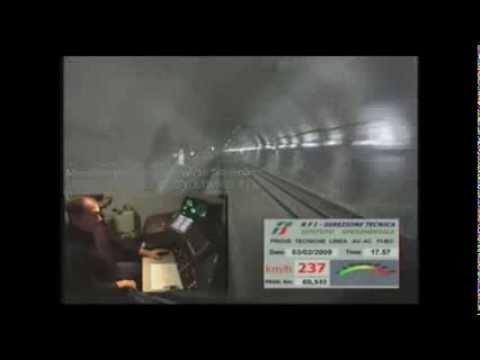 ETR 500 Y1 - Record di velocita' in galleria 362 km/h