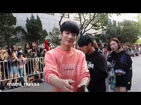 NU'EST(뉴이스트) JR(김종현) 멋있고귀여운모습 (видео)