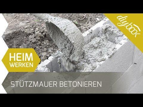 Stützmauer betonieren: Kleine Schalsteinmauer selber bauen