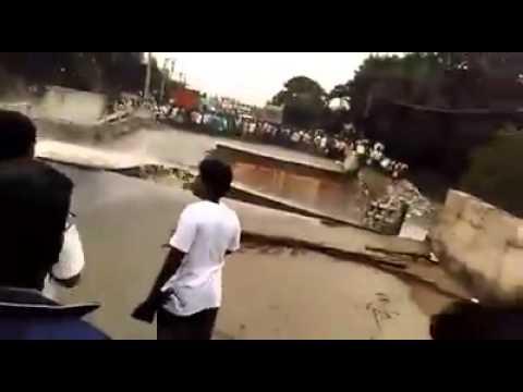 Így szakadt össze egy híd Indiában