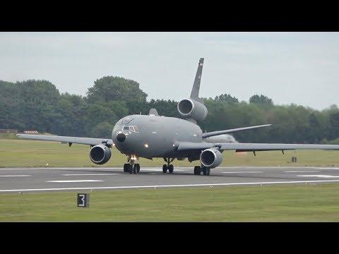 McDonnell Douglas KC-10A Extender...