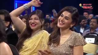Video Sunil Grover Comedy Scenes - Royal Stag Mirchi Awards MP3, 3GP, MP4, WEBM, AVI, FLV Februari 2019