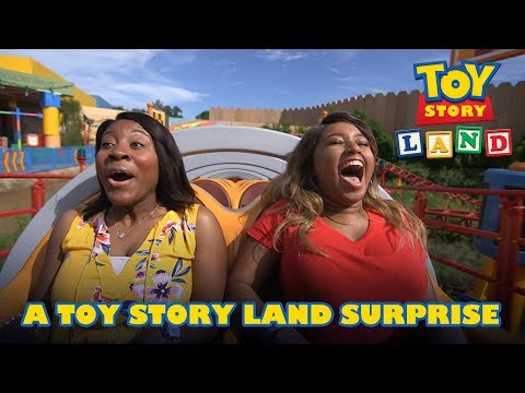 A Toy Story Land Surprise   Disney•Pixar - Thời lượng: 4 phút, 40 giây.
