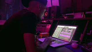 """The Making of Chris Brown's """"You Like"""" with producer Chizzy Stephens"""