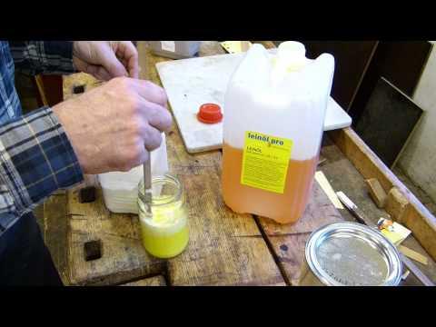 Leinölfarbe selber herstellen, Leinölfarbe anreiben