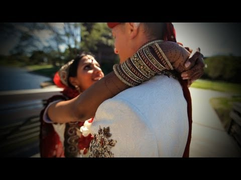 chicago indian wedding - Hindu wedding in Chicago suburbs of Itasca, Illinois. Indian wedding video includes the Garba/Raas, Baraat, steps around the holy fire, and Vidaai. More info...