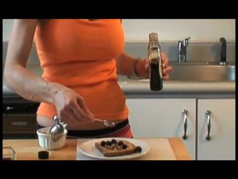 French Toast Ideas: How to Make a Healthier French Toast with Walnuts and Blueberries