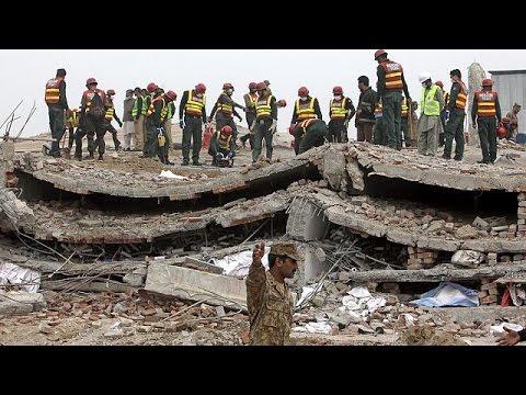 Πακιστάν: Θαύματα στα ερείπια του εργοστασίου