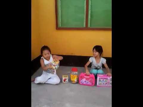 Chloe's Toy video (видео)