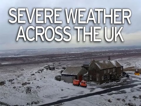 Uk Weather Army Drafted In To Help People Flee Their Homes As Snow Sweeps Across Britain