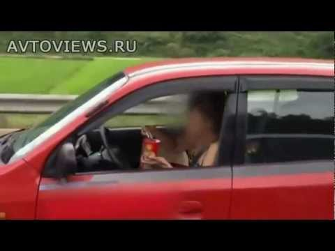 "Видео компилация ""Жени зад волана"" (част 13)"