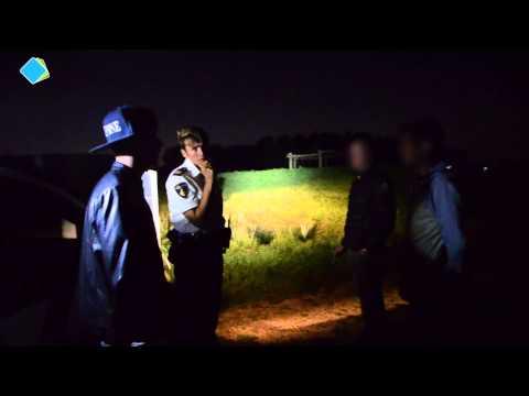 politie - Een registratie van een avond meelopen met de politie Houten. Camera: Romario Riethof Liam Hilderbrand Montage: Liam Hilderbrand.