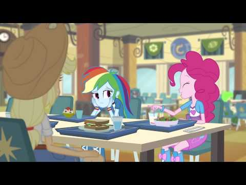 Equestria Girls Rainbow Rocks - Pinkie Pie Davul Çalıyor