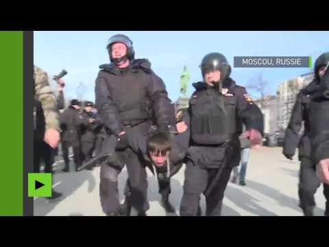 Près de 500 arrestations lors d'une manifestation contre la corruption en Russie