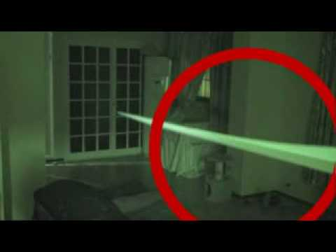 Ghost_Caught_on_Video__HD_.flv (видео)