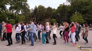 Cererea in casatorie FlashMob Chisinau (Marriage Proposal)