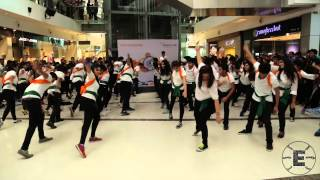 Video Breaking Free at Oberoi Mall, Mumbai (Flash mob at Oberoi Mall on Independence Day) MP3, 3GP, MP4, WEBM, AVI, FLV Maret 2019