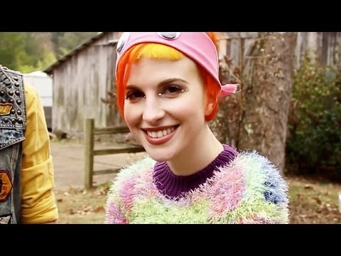 Paramore: Ain't It Fun (Beyond The Video)