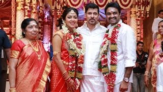 Amala Paul and VIjay enter wedlock in a star studded ceremony