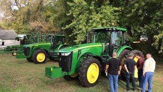 Video John Deere 8130 and 8260R Tractors Sold on Iowa Farm Auction MP3, 3GP, MP4, WEBM, AVI, FLV November 2017